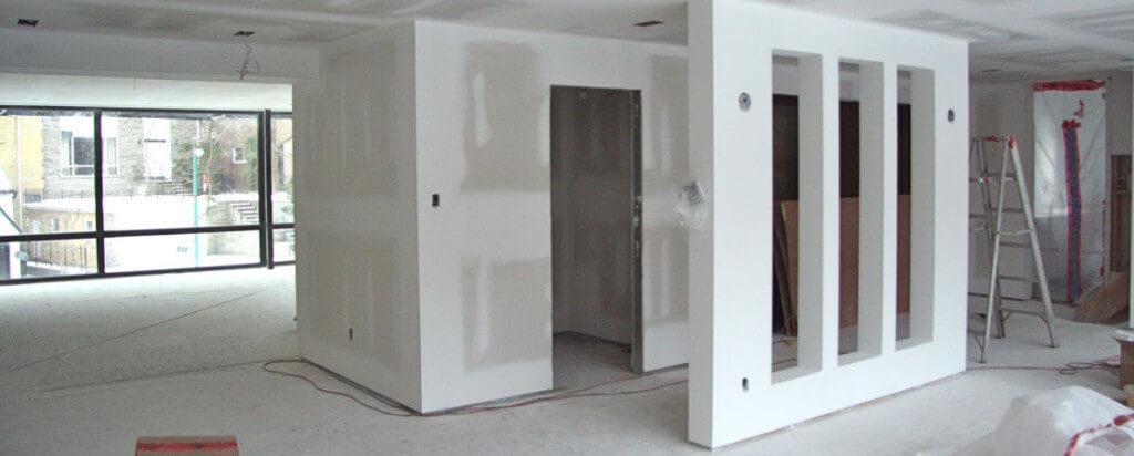увеличить площадь гостиной