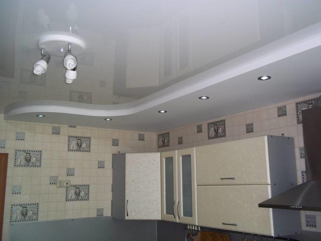 Навесной потолок в кухне